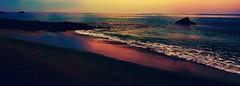 Craquage filtr :D (ChatKra) Tags: finistre lesconil filtres explosiondecouleurs colorexplosion sea mer rocher plage beach sky ciel bretagne saturation saturated
