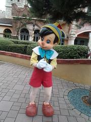 Disneyland Paris 2016 (Elysia in Wonderland) Tags: disneyland paris disney france theme park joe elysia lucy holiday 2016 character meet greet pinocchio