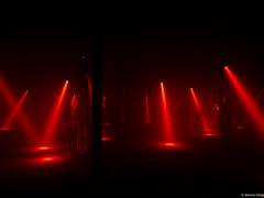 Outdoor Festival-1020072 (AlessioGhigi-LumixGX7) Tags: redlight red outdoorfestival italianism casermaguidoreni lumix gx7 microfourthirds micro43 panasonic longshoot iso200 15s lightroom nofilter rawfile laser