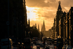 Princess Street again (p.niebergall) Tags: sunshine yellow himmel edinburgh schottland scotland princess street dawn gold
