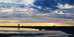 Zeespiegel (zsnajorrah) Tags: nature beach water puddle people candid silhouette sky clouds reflection evening sunset goldenhour x4cpl 7dmarkii ef2470mmf4l netherlands zandvoortaanzee zandvoort thalassa