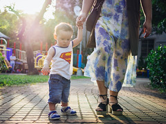 PA220011 (TomInTaichung) Tags: baby toddler firststeps taiwan olympus em10ii