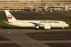 JA823J Boeing 787-8 JAL  HND (Jetstar31) Tags: ja823j boeing 7878 jal hnd