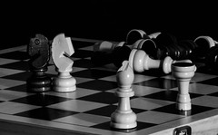 (C-47 [On the move]) Tags: canon eos 400d 18200mm creation chess board blackwhite bw meaning meaningful deep imagination light darkness defects wood emotion feelings feel organized tower king queen inspiring configuration zoom zooming bishop echecs mono simple flickr white art myowncreation artistic artistique broken