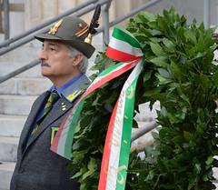 staglieno5 (Genova città digitale) Tags: commemorazione defunti caduti militari forze armate cimitero staglieno genova 2 novembre 2016 cardinale bagnasco comune regione città metropolitana cerimonia corone