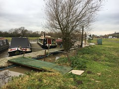 that gang plank is usually a steep gradient down (Sam Tait) Tags: redhill marina river soar