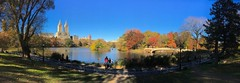 norland cruz photography: sweep panorama of the lake in central park (shot on my iPhone 6s) (norlandcruz74) Tags: manhattan usa us city newyork nyc ny centralpark viewpoint pointofview pov perspective composition 6s iphone filam filipino pinoy norlandcruz colors foliage autumn fall season 2016 november panoramic panorama pano sweep