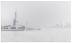 Through early morning mist I see [Explored] (Roland Bogush) Tags: canoneos5dsr newyork nyc canonef1740mmf4lusmlens