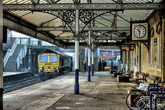 Deserted (whosoever2) Tags: northwich cheshire freightliner class66 66507 6h35 clock station platform bike bicycle train railway railroad nikon d7100 december 2016