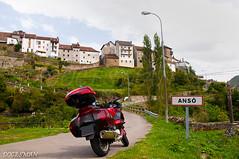 ANSÓ (DOCESMAN) Tags: moto bike motor motorcycle motorrad motorcykel moottoripyörä motorkerékpár motocykel mototsikl honda nt700v ntv700 deauville docesman danidoces ansopirineos pyrenees españa spain