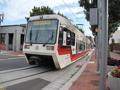 1996-1998 Siemens SD600 #217 #223 (busdude) Tags: light max siemens rail area express trimet metropolitan 217 223 19961998 sd600