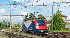 190.302 (atropo8) Tags: italy train lens nikon cargo verona locomotive treno f28 lis veneto 2470mm d600 scalo fuc 190302 ferroviaudinecividale