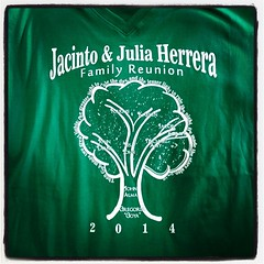 Family reunion coming up? We can help! #expertees #tshirts #familyreunion