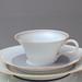 Nymphenburg: Kaffeeservice Teeservice für 6 Personen Modell: Adonis, Entwurf: Wolfgang von Wersin, 1932, Dekor: 2070 Graues Band mit orangefarbenem Rand, Rudolf Diewock
