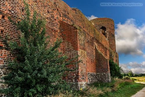 Mury zamku w Kole