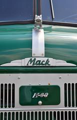 Mack H-63 cabover nose (Thumpr455) Tags: green truck nose nikon southcarolina august bulldog mack coe d800 2014 cabover dacusville h63 afnikkor3570mmf28d dacusvillefarmshow