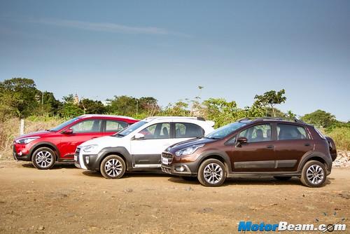 Hyundai-i20-Active-vs-Fiat-Avventura-vs-Toyota-Etios-Cross-08