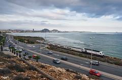 Avenida de Elche (lagunadani) Tags: paisaje mar alicante costa mediterraneo nubes atardecer sangabriel 334 talgovi renfe sonya7 puerto ciudad