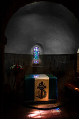 St Margaret's Chapel I (rodriguesfhs) Tags: scotland edinburgh castle chapel st margaret church ancient scottish light
