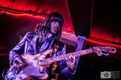 Khruangbin at Broadcast, Glasgow - October 20, 2016 (photosbymcm) Tags: khruangbin tusuy universe smiles upon you thai funk texas texan american glasgow scotland broadcast gig concert show performance tour uk psychedelic rock indie thaifunk lauralee markspeer donaldjohnson mcmphotography photosbymcm guitarlove