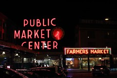 Public Market At Night (Art By Pem Photography: Tao Of The Wandering Eye) Tags: fineartphotography night nighttime neon neonsign canon canoneosrebelsl1 eos sl1 seattle washington travel usa pikeplace pikeplacemarket lights reflections city cities citylife cityscape urb sign signs