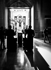 Granting Admittance (mhoffman1) Tags: oony2016 30rock atlas leelawrie manhattan nyc rockefellercenter sonyalpha stpatrickscathedral statue a7r blackandwhite contrast landmark monochrome sculpture shadows