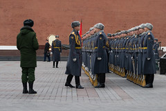 Burmese General @ Kremlin Military Ceremony (potterandrew1) Tags: kremlin moscow ceremony groundforces inspection militaryparade russianarmy russiansoldiers soldiers standingtoattention tomboftheunknownsoldier generalminaunghlaing burmesegeneral moscowvisit modernlife today