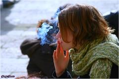 Spinello (Giorgio Finessi) Tags: ragazza fumo smoke
