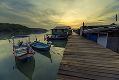Hello from Dove Jetty (<Pirate>) Tags: sunrise dove jetty jelutong lee hard gnd6 1018 is stm fisherman wharf low tide landscape seascape blue boat wooden hut reflection colors penang malaysia