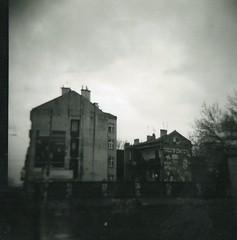 missing my ex-neighbourhood (Lentejas Puag) Tags: krakow poland kazimierz jewish hood 120mm mediumformat dianaf lomography distorted blackandwhite film toycamera