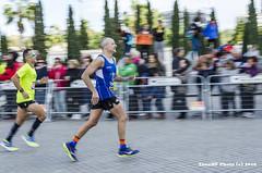 Maratn de Vaencia II (tonomf) Tags: maratn valencia sufrimiento deporte satisfaccin carrera meta nikon nikon5100 barrido