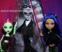 Zomby Gaga #monsterhigh #zombygaga #gaga #ladygaga #joanne #zombiegaga (grayskullwarriorextra) Tags: monsterhigh zombygaga gaga ladygaga joanne zombiegaga