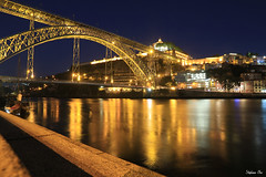 Porto by night II (HimalAnda) Tags: porto portugal pont bridge douro ribeira nuit night cityscape ville river fleuve sunset coucherdesoleil canoneos70d eos70d stphanebon