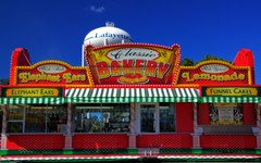 Taste of Summer (Indiana Photographer) Tags: midwest indiana lafayette tippecanoecounty tippecanoecounty4hfair fair summer carnival elephantears snackshop red yellow