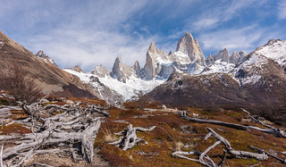 Barren path to Mount Fitzroy