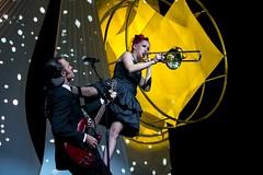 Circus -  École de Cirque de Québec - Cabaret 2016 - Générale (eburriel) Tags: circus cirque circo 2016 cabaret acrobat artist québec canada limoilou nikon image eburriel burriel emmanuel winter december show spectacle emotion light art noël