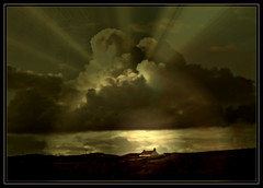 Cottage on the Hill, Forfar Lochside (ronramstew) Tags: monochrome scotland angus hill cottage forfar loch strathmore lochside bestcapturesaoi elitegalleryaoi