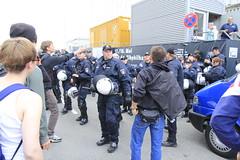 Blockupy Hamburg 170514-120 (photo.graf™) Tags: europa hamburg spd hafencity lampedusa widerstand barrikaden wasserwerfer krawalle linke demontration 170514 polzeieinsatz blockupy