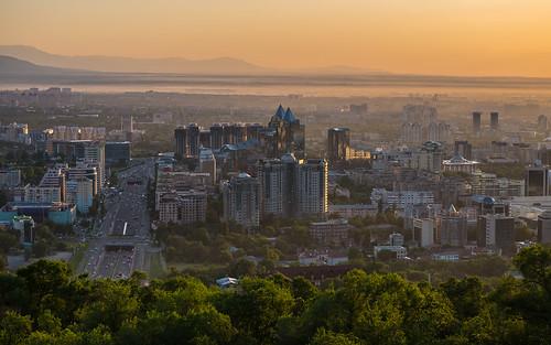 Almaty sunset ©  pigelmann