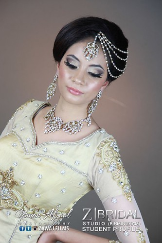 "Z Bridal Makeup Training Academy  41 • <a style=""font-size:0.8em;"" href=""http://www.flickr.com/photos/94861042@N06/14574928648/"" target=""_blank"">View on Flickr</a>"