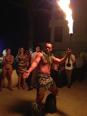 Polynesian dancer in Fort Lauderdale (Mundera) Tags: florida fortlauderdale cuteguys hotmen firedance polynesiandancer polynesiandance maikaifortlauderdale