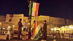 ئێستا دهستكرا به رازاندنهوهی ههولێری پایتهخت به ئاڵای كوردستان