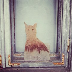 cat in a window (mdanys) Tags: window cat woodwork nice artwork kate lietuva kernave danys katinas lihuania mdanys