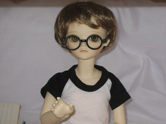 A Quiet Day 004 (EmpathicMonkey) Tags: toby ball asian toys dolls olive bjd jointed bluefairy photosotry