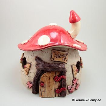 Wichtelhaus2406085 (Kreativwerkstatt Fleury) Tags: Garten Keramik Töpfern  Gartenkeramik