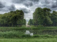 Herrenhuser Grten in Hannover. (headingdownunder) Tags: park nature water fountain forest garden woods hannover hdr herrenhusergrten fontne