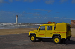 Wirral lifeguard (Lee1885) Tags: lighthouse beach water liverpool lifeguard landrover wirral newbrighton