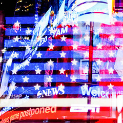 American Flag.jpg (ilesuisse) Tags: newyork photo image photos towers broadway images timesquare tours adds urbanisme superposition affiches publicits surimpression superposes panneauxpublicitaires newyorkpicture superpose photosdenewyork laprisedevue photodenewyork photosdetimesquare timesquarepicture broadwaypicture