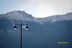 Jasper Lamppost (Saira Bhatti) Tags: travel mountains canon landscape rockies jasper wanderlust lamppost landscapephotography canon60d sairabhatti