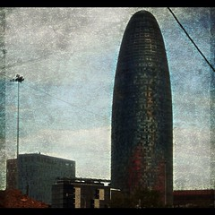 #barcelona #torreagbar #jeannouvel #catalonia (Pemisera) Tags: barcelona square bcn catalonia squareformat catalunya torreagbar barcelone nouvel jeannouvel barcelonaskyline pemisera iphoneography instagramapp uploaded:by=instagram josepmariaserarolsphoto